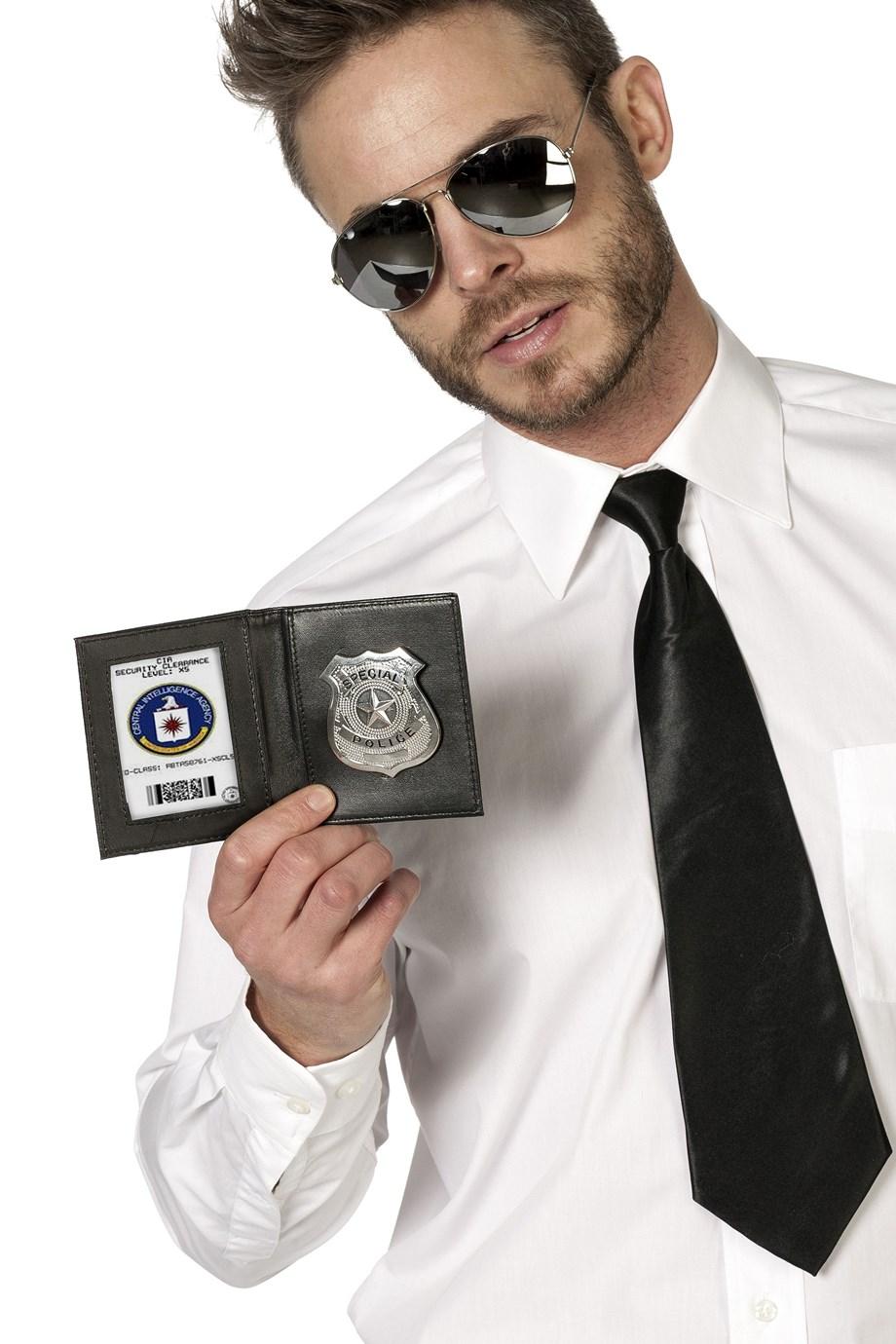 poliisilaatta