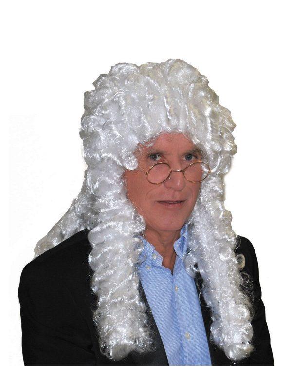 vanhanajan oikeus peruukki