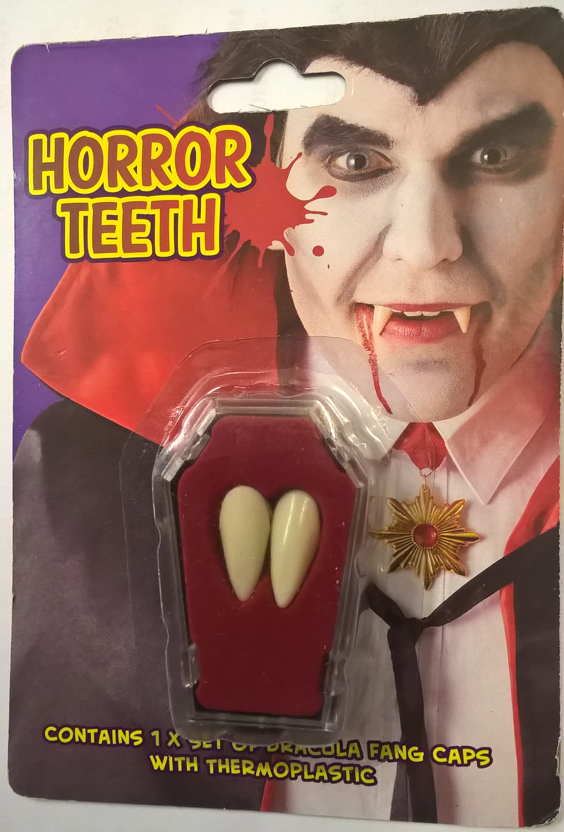 vampyyri hampaat