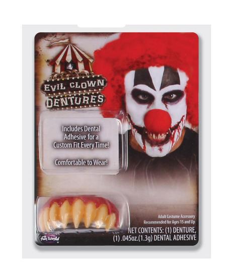 pelottava klovni hampaat
