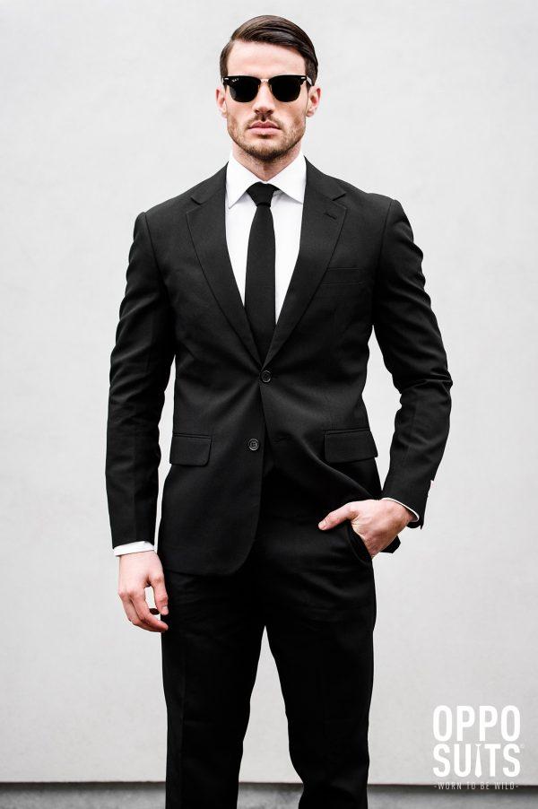 musta puku miehelle