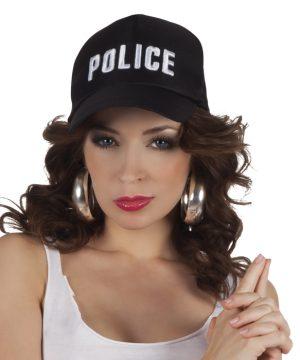 poliisille hattu